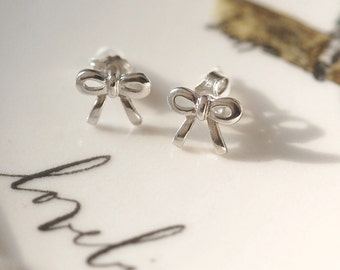 Sterling Silver Bow Earrings, Personalized Bow Earrings, Engagment (N6)