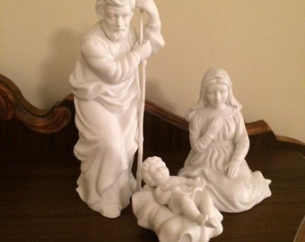 1981 Vintage Avon Nativity Collectible Set Mary Joseph Jesus Holy Family