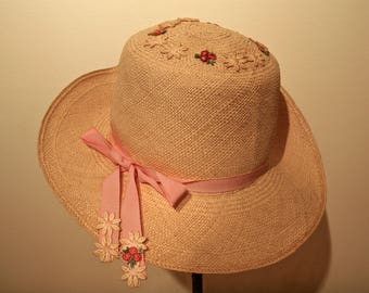 VINTAGE Ladies Straw Hat