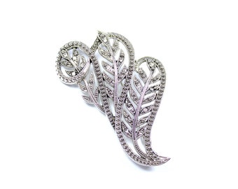 Vintage feather brooch, faux marcasite pin, leaf brooch, feathers, sparkly brooch, silvertone, statement brooch, feather jewelry, swirl