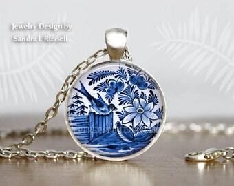 Vintage delftware necklace delft blue pottery pendant Netherlands Delft Blue Bird Necklace Delft pottery Antique Delft Pendant gift