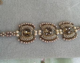 Three crystals bracelet stones
