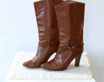 vintage 1970s Joan and David boots <> Joan and David couture leather boots <> 1970s high heel leather boots <>  70s brown leather boots