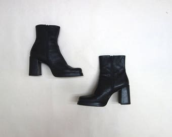 90 Grunge Nine West Platform Ankle Boots // Black Leather Stacked Heel Boots // Square Toe Bootie // Size 6.5 Ms