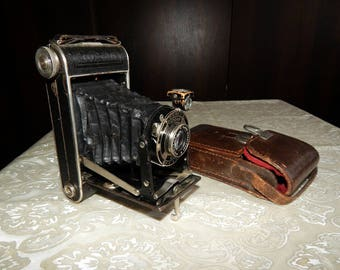 Kodak Junior 620, Vintage  camera, Old Camera, Leather Case, Vintage Kodak Camera,# et 563