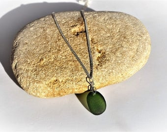 Sea Glass Pendant, Seaglass Necklace,Seaglass Jewelry,Handmade Jewellery,Green Seaglass, Handmade Gifts,Genuine English Seaglass,Seaham