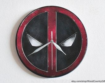 Deadpool Wall Clock (Diameter 25 cm)