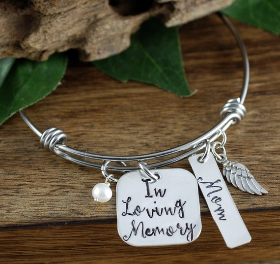Sympathy Gift, In Memory Of, Loss of Mother, Memorial Jewelry, Memorial Gift, Remembrance Jewelry, Loss of husband, Angel Wing Bracelet