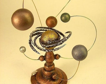 Space Wedding Topper Solar System Cake Top Wood Science Wedding Gift Sun and Planets Orrery Steampunk Marriage Momento