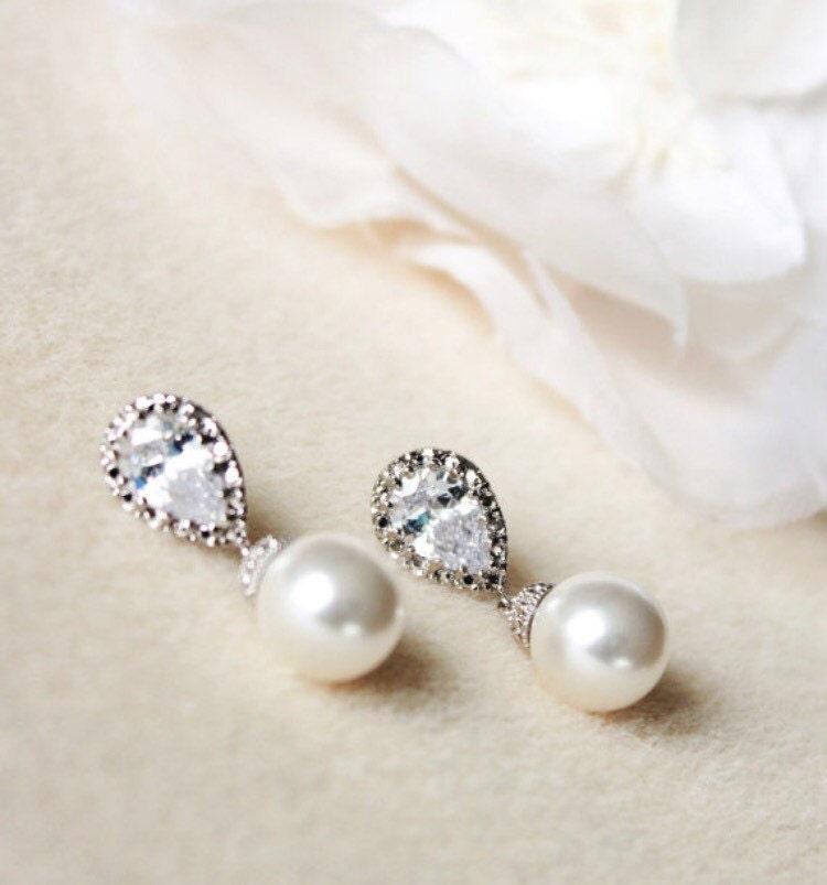 Pearl Bridal Earrings Pearl Wedding Jewelry Bridesmaid Gift Earrings White Ivory Cream Swarovski Pearl Earrings Wedding Bridesmaid Jewelry