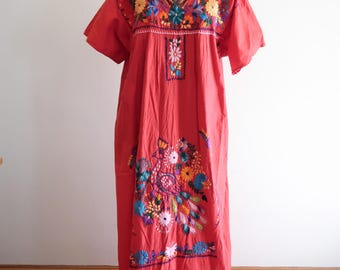 Red cotton PEACOCK cotton embroidered Mexican festival dress sz. Medium / Large