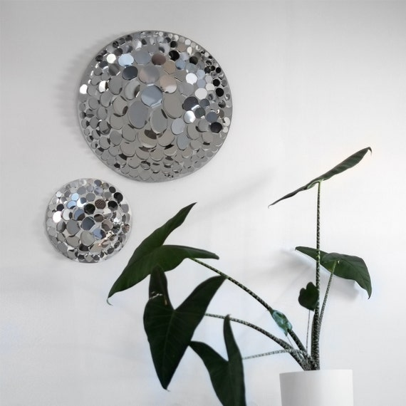 Wall sculpture - Corolla - stainless steel