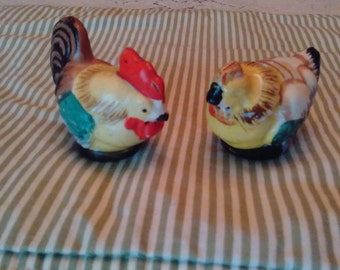 Adorable Chicken S&P set made in Japan