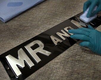 PRESSED ALUMINIUM Stove Enamel Plaque -Mr & Mrs | Wedding | Reception | Just Married