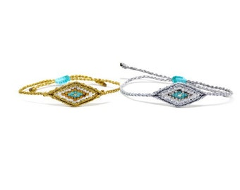 Evil eye macrame and beads bracelet