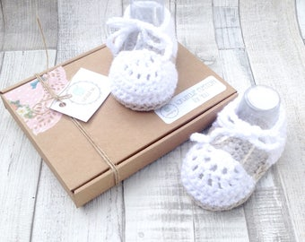 White Baby booties, baby sandals, gladiator sandals, crochet booties, white baby booties, crochet girls shoes, espadrilles, booties, girls