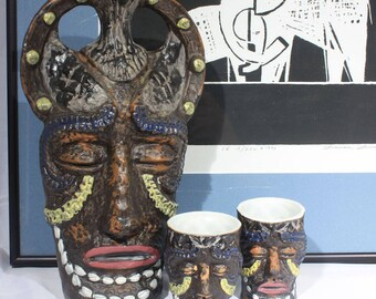 Tiki Tribal Mask Decanter and Two Cups, Ceramic African Voodoo Mask, Liqueur Decanter, Bralatta Decanter, Man Cave Decor