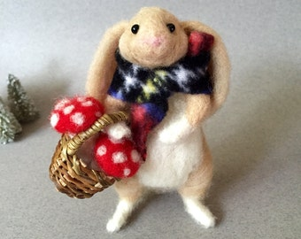 Needle felted rabbit, felted rabbit, wool felt animal, felted bunny, cute animal, wool felt rabbit, felt decoration, felted animal, Waldorf