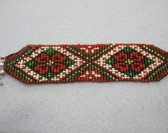 Beaded bracelet with Russian pattern beadloom made red white green