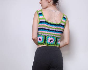 Miss Holly Crochet crop tank // small // granny square // 70s halter top