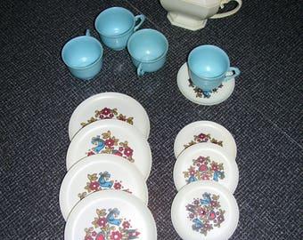 Child's Tea Set  Toy Tea Set Plastic 14 Pieces Vintage