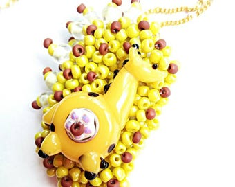 Yellow giraffe beaded pendant necklace lampwork animal beads handmade jewelry beadwork gift for her yellow seed beads pendant necklace gift