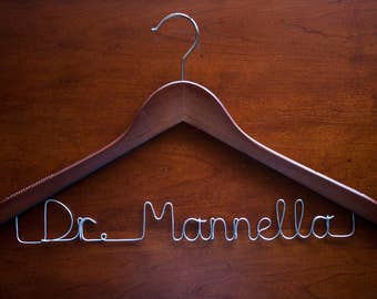 Wire Name Doctor Hanger : Doctor White Coat Ceremony, White Coat Hanger, Custom Dr Name Sign, Personalized Doctor Gift, Medical Student Gift