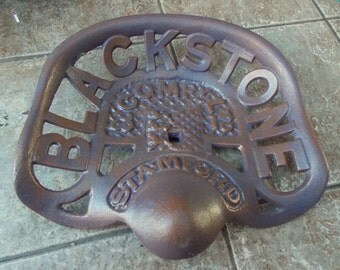 "Superb Heavy Hand painted Cast Iron "" TRACTOR SEAT Blackstone & Company Ltd,Stamford """