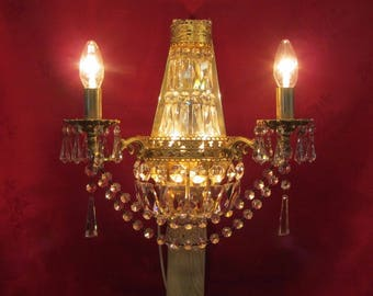 Vintage 1970's Lead Crystal Glass and Brass Wall Sconce Chandelier Light with Droplets