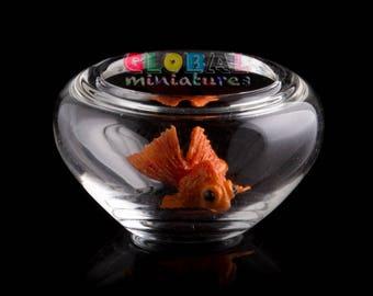 Dollhouse Miniatures Glass Round Fishbowl and Orange Goldfish Pet Decoration