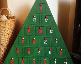 Shabby Chic Christmas Tree Advent Calendar