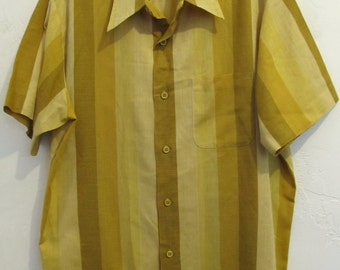 Marked Down 25%@@A Men's Vintage 60's,Awesome MAD MEN era Gold Striped Shirt By BUFFUM'S of California.L