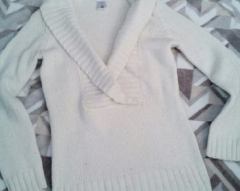 1991  Perfectly Fit Swoop Low Cut Neck Sweater Size Medium