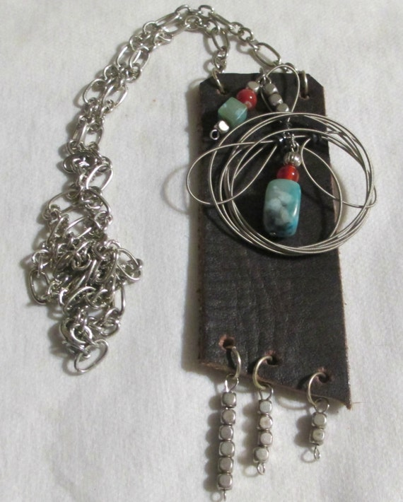 recycled belt using guitar string beads necklace. Black Bedroom Furniture Sets. Home Design Ideas