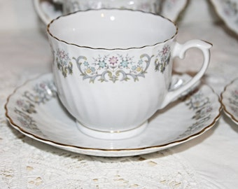 Set of 4 Fine Bone China Teacups and Saucers Scalloped Gold Gild Edging Soft Grey Swirls with Pink,Green Yellow Flowers