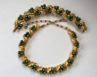 BSK Gold Leaf and Green Italian Glass Berry Necklace and Bracelet Set 0800