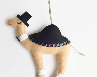 Felt Camel Decoration / Groom Camel / Christmas Decoration / Party Favour