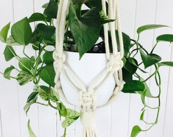 Macrame Plant Hanger // Chunky Knot // Cotton // Indoor // plant hanger // Natural // Organic