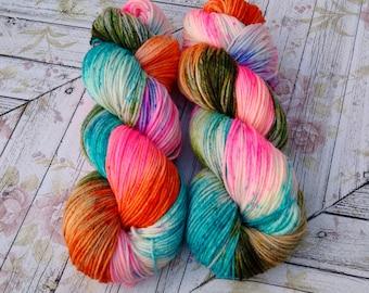 Cottage DK , Hand Dyed Yarn, DK Yarn  4 ply,  SW Merino, 270 yards, Speckled yarn