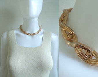 70s collar necklace, bronze metal chain link necklace, 1970s braided 'X' vintage minimalist necklace, costume jewelry, jewellery