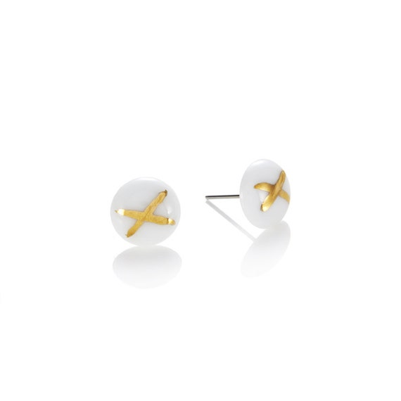 White porcelain round Studs with 22k Gold dip