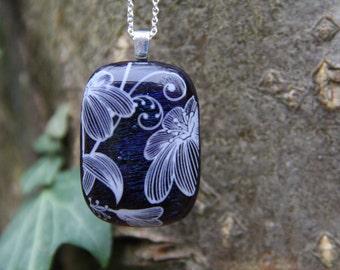 Deep blue irid glass pendant, fused glass pendant, flower pendant, blue irid glass, flower pendant, flower necklace, glass jewellery