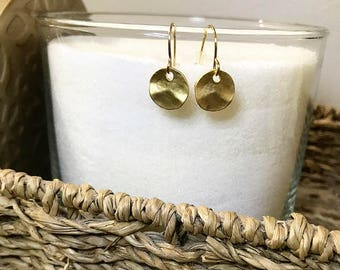 Wrinkled round earring (Gold)