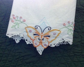 Vintage Floral Butterfly Pillowcase