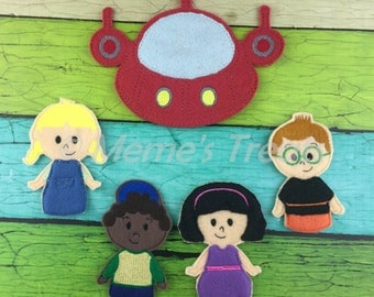 Set of 4 Finger Puppets and Rocket - Inspired by Einstein friends show