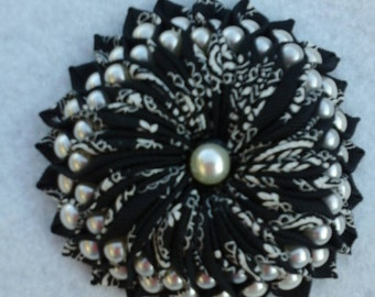 Brooch Lapel Pin Black and White with Pearls