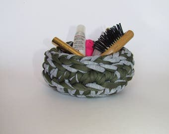 knitted bowl green-gray size1