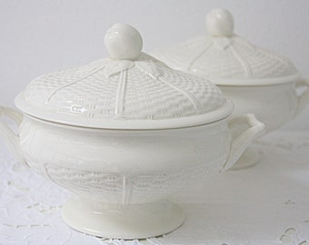 Hard to Find Set of Two Vintage Wedgwood 'Willow Weave' Porcelain Serving Dishes with Lid, England