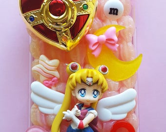 Ready-to-Ship Sailor Moon and Brooch Decoden Phone Case for iPhone 6 Plus [SALE]