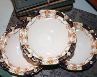 Quite vintage (1930s) Myott Son & Co. Derby pattern 7773 rimmed cereal or salad bowl. Imari pattern of cobalt and gold.